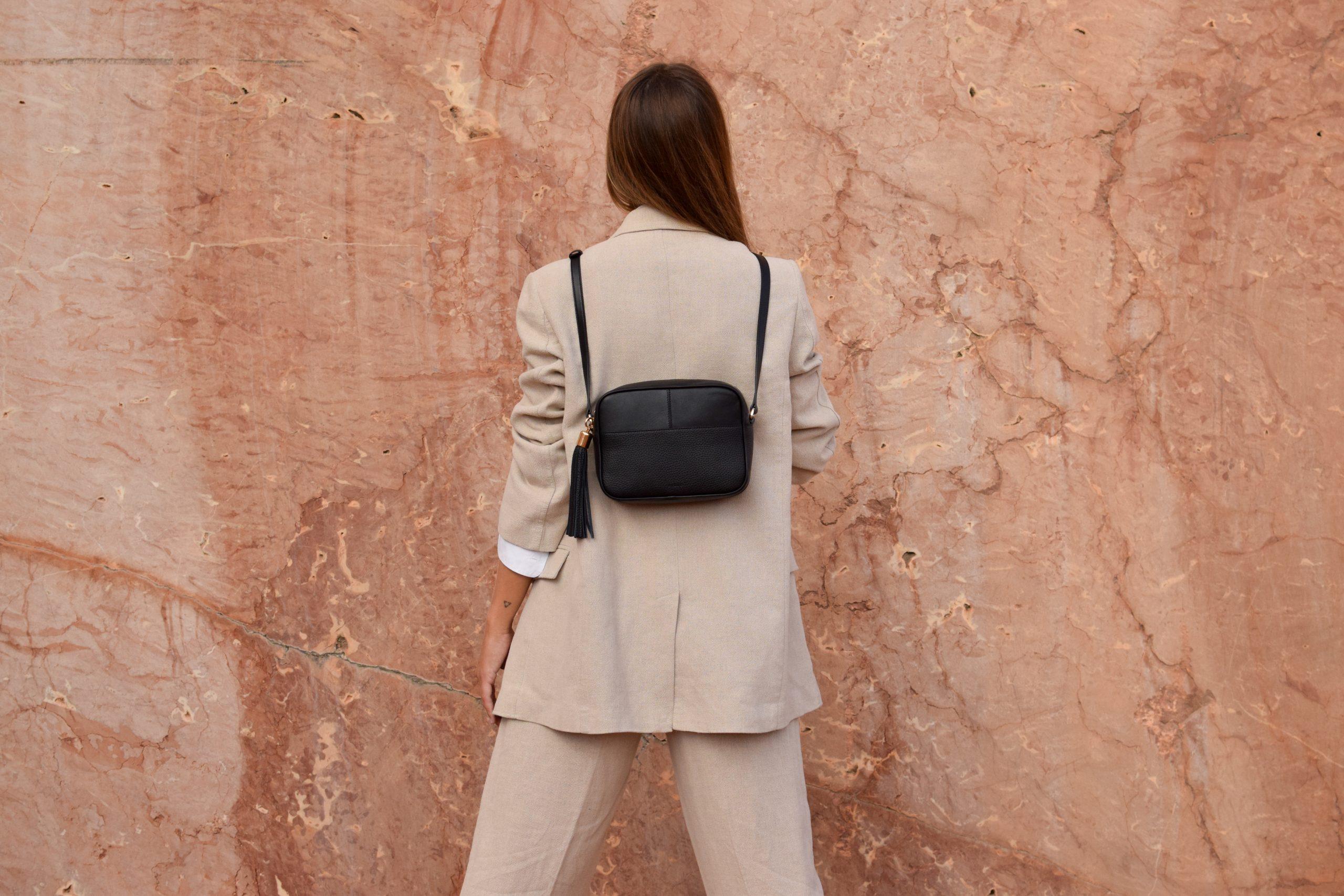 miuur lookbook 010 lua black leather bag