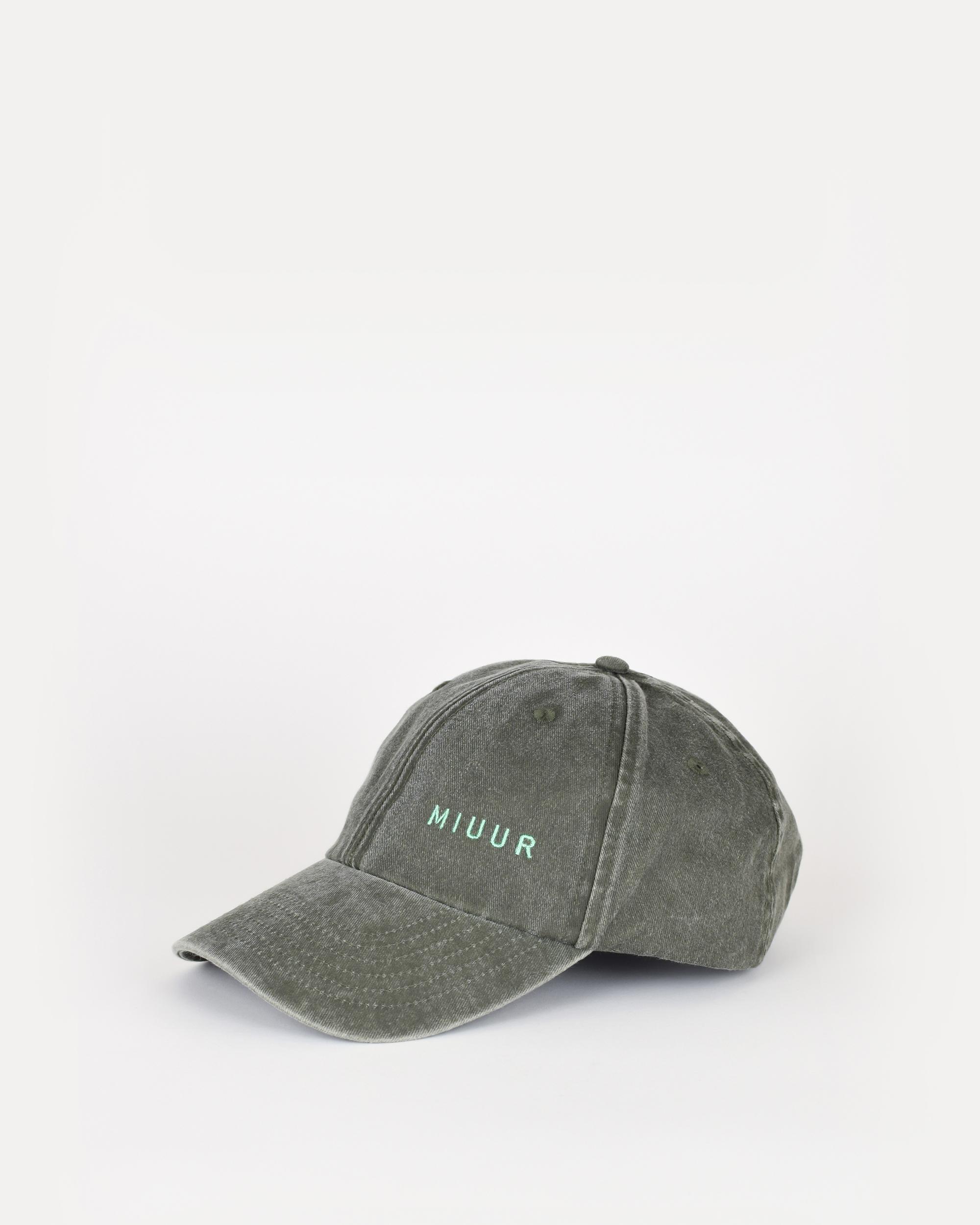 miuur cap green side
